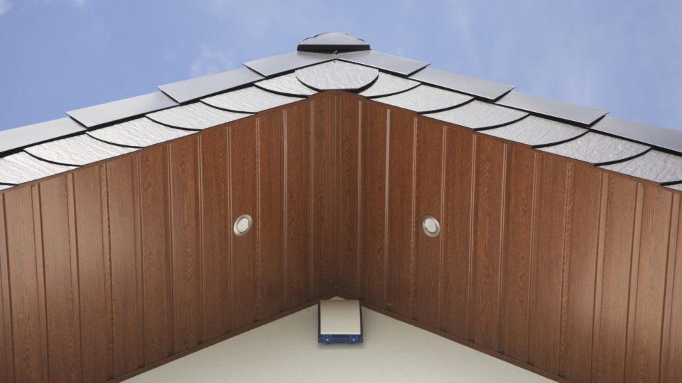 Podbitka dachowa z PCV, metalu czy drewna? 1