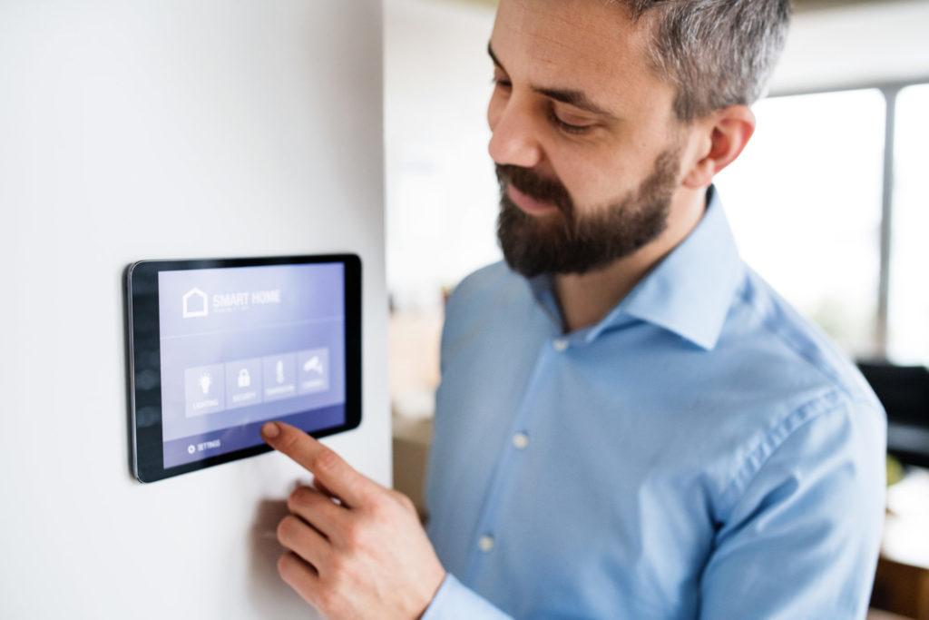 Smart home – inteligentny i bezpieczny dom. System sprawdzi czy okna i bramy są na 100% zamknięte 1