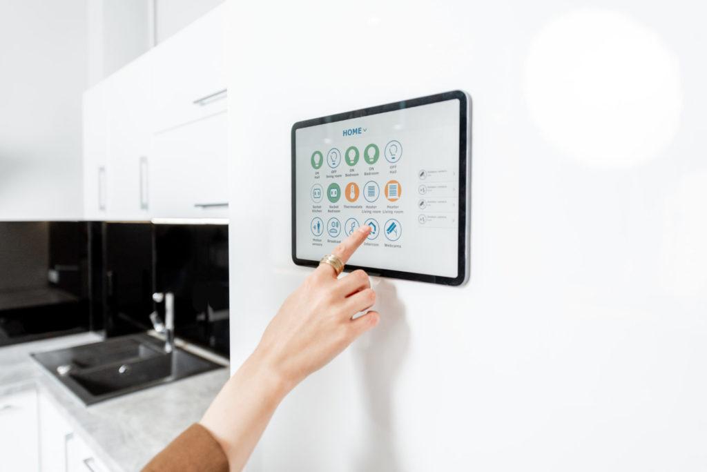 Smart home – inteligentny i bezpieczny dom. System sprawdzi czy okna i bramy są na 100% zamknięte 2