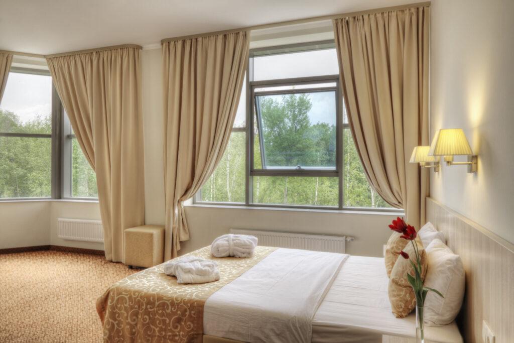 Łatwa i praktyczna dekoracja okien 1