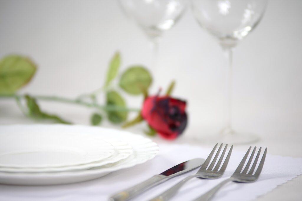 Nakrycia i dekoracje stołu na każdą okazję 4