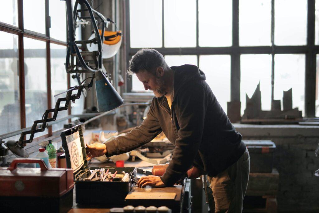 Jak urządzić garaż i zmienić go w mały warsztat? 2