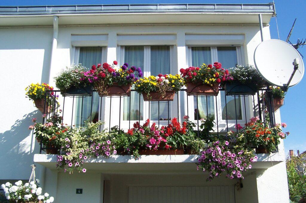 Jak urządzić balkon w bloku? 3